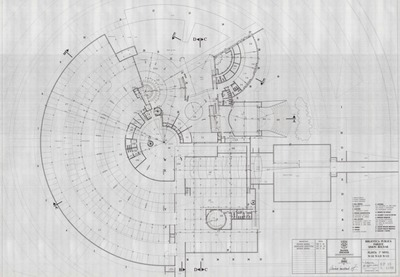 Planos de la planta del primer nivel de la Biblioteca Pública Virgilio Barco