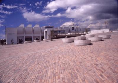 Arquitectura de la Biblioteca Pública El Tintal Manuel Zapata Olivella<br /><br />