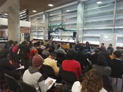 """Conferencia """"La radio pública y el rock en Colombia durante la década de 1990"""" realizada por José Perilla en la Biblioteca Pública El Tunal Gabriel García Márquez el 9 de julio de 2019"""