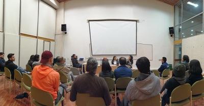 """Conferencia """"La radio pública y el rock en Colombia durante la década de 1990"""", realizada por José Perilla en la Biblioteca Pública Julio Mario Santo Domingo el 5 de julio de 2019"""