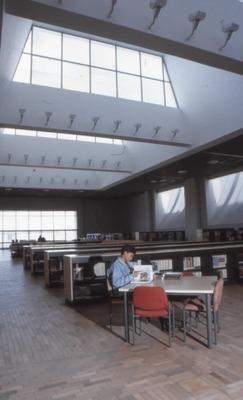Sala de lectura y usuarios en la Biblioteca Pública El Tintal Manuel Zapata Olivella<br /><br />
